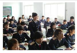学员正在上课